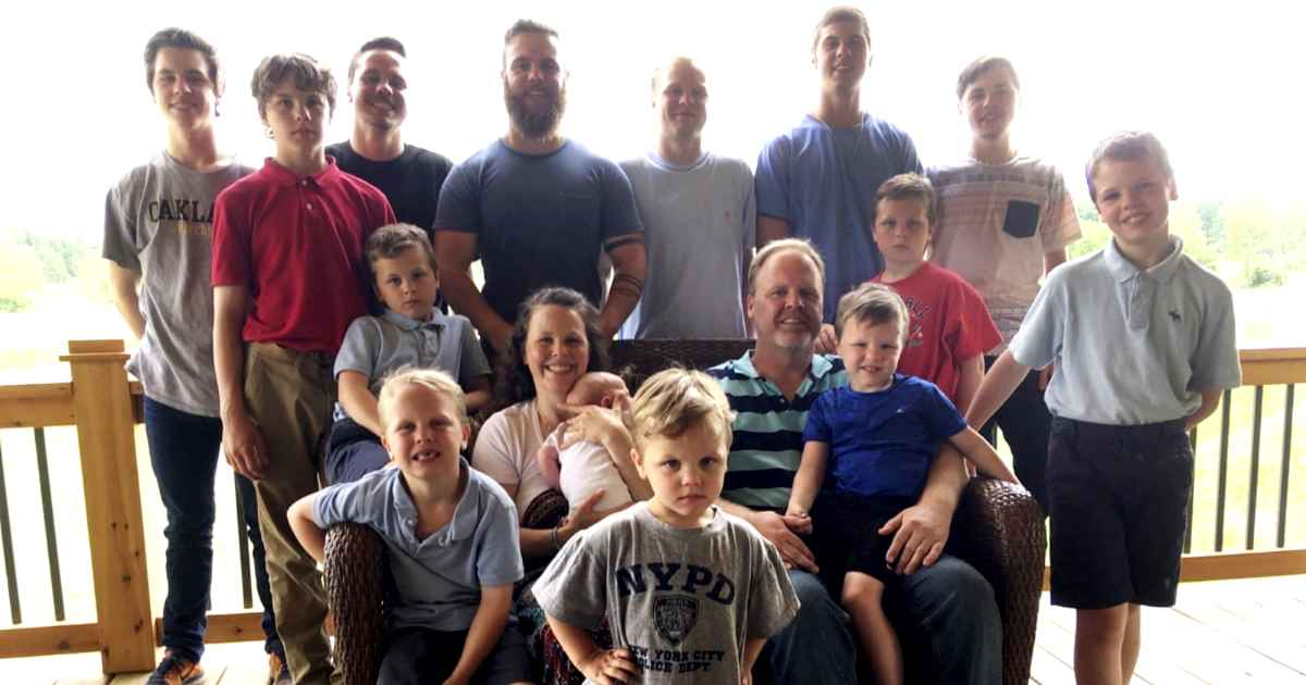 couple-with-14-kids-the-schwandt-family