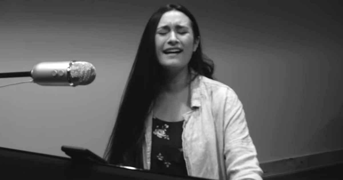 hosanna-cover-melody-joy-cloud