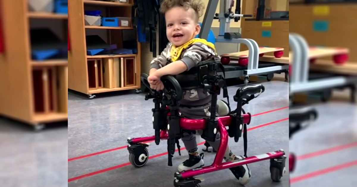 cerebral-palsy-boy-walking-malakai