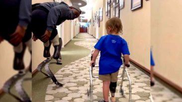blake-leeper-walks-with-toddler