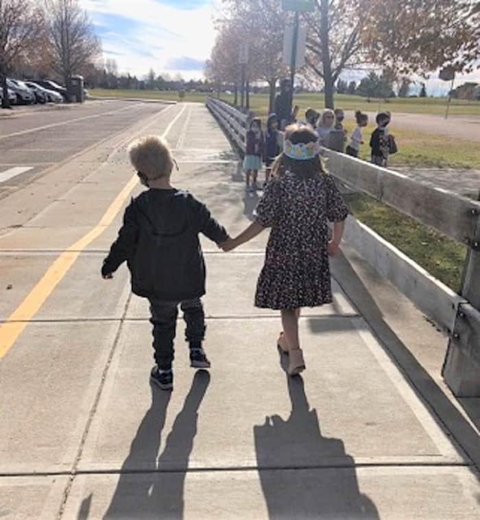girl-befriends-boy-with-autism-3
