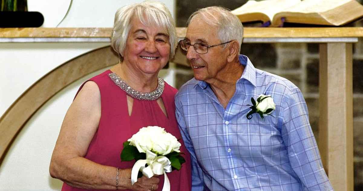 high-school-sweethearts-getting-married