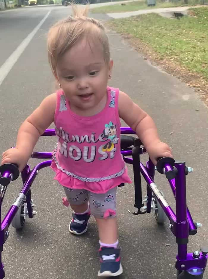 ava-reyes-walking-spina-bifida