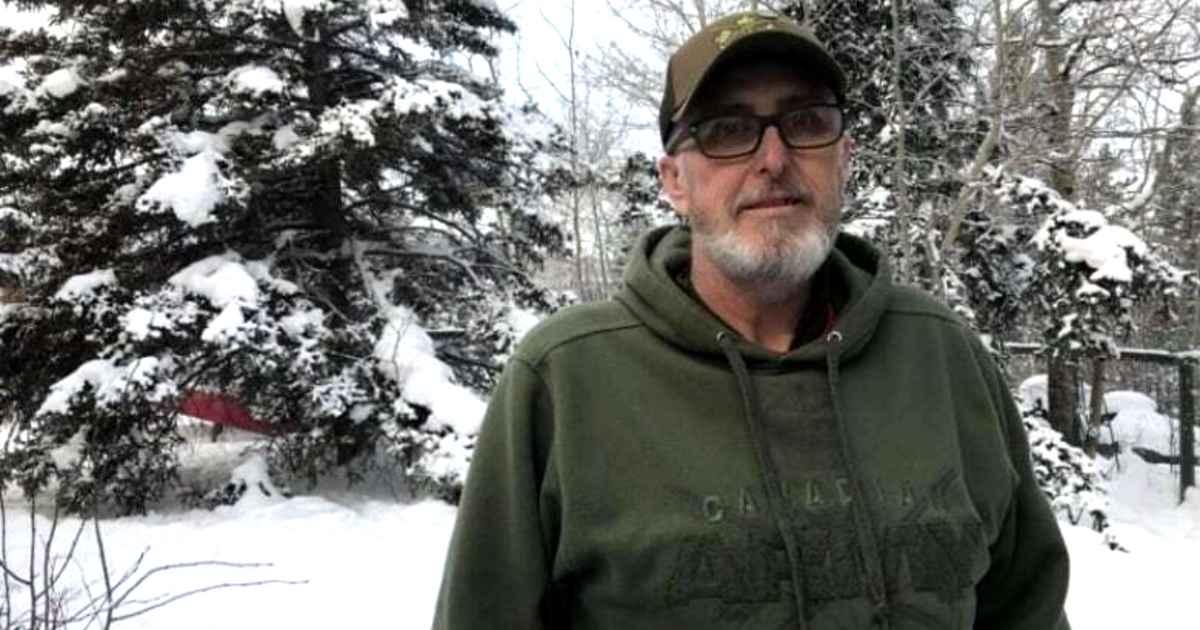 canadian-man-helps-stranded-american-family-gary-a.-bath