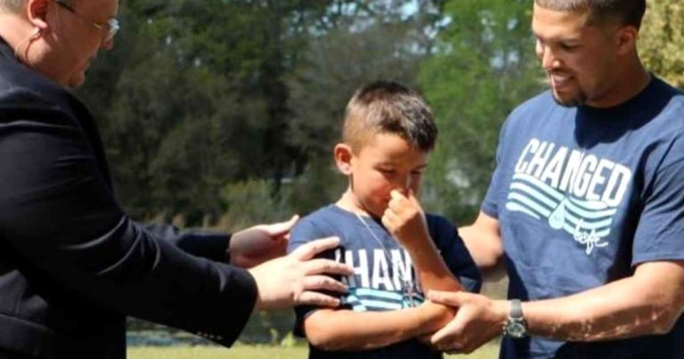 nfl-trey-burton-son-baptism