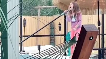 8-year-old-singing-girl-on-fire