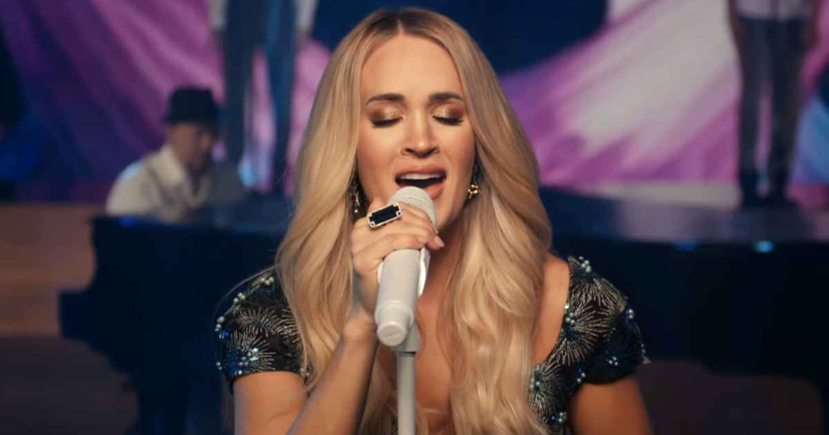 carrie-underwood-just-as-i-am-live