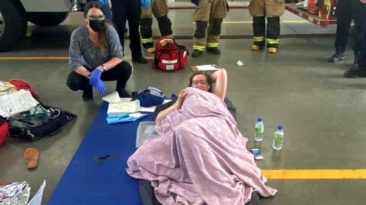 mom-deliver-baby-at-fire-station