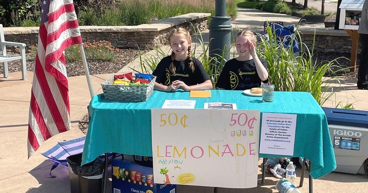 lemonade stand for fallen officer