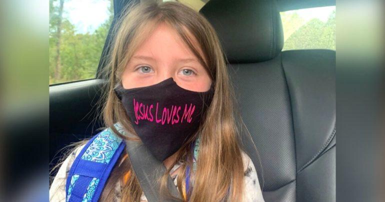 school bans Jesus loves me mask