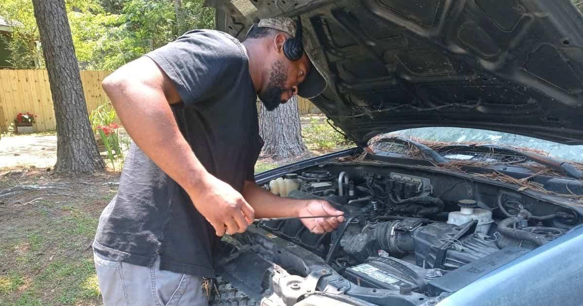 eliot middleton mechanic