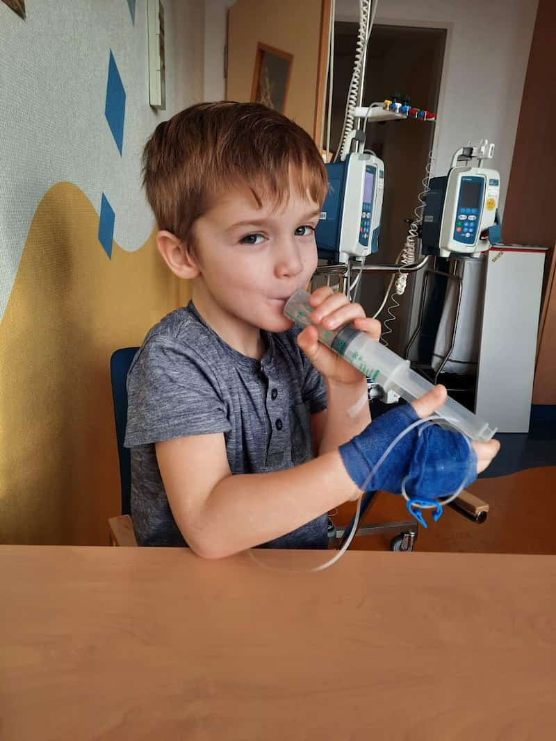 bikers-support-boy-with-cancer