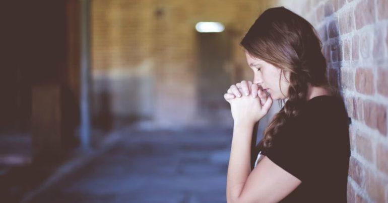 attitude of gratitude to God Bible verses