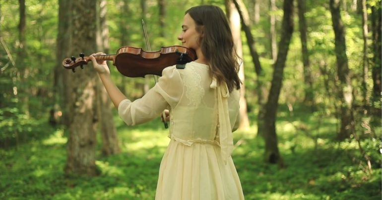 Praise to the Lord the Almighty violin cover Taryn Harbridge
