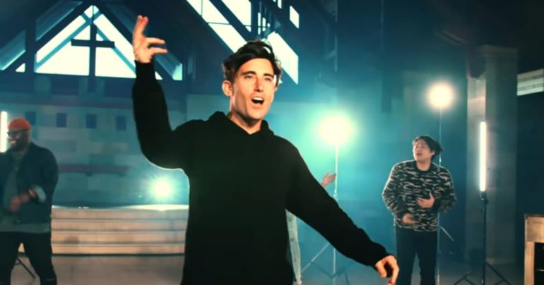 Phil Wickham House Of The Lord