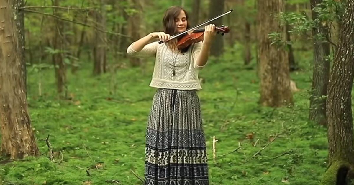 Because He Lives violin cover Taryn Harbridge