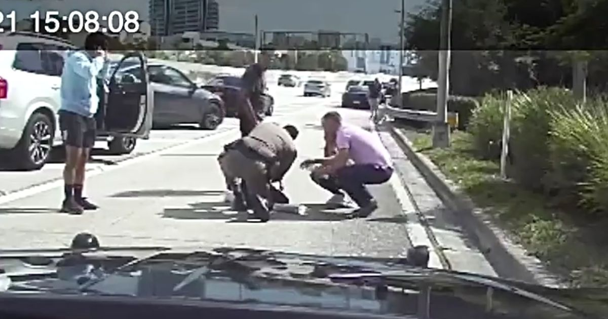 Two Heroes Step In To Save Choking Baby On The Roadside