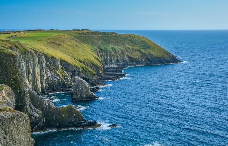 アイルランドジュニア・親子留学の気になる総額は…?