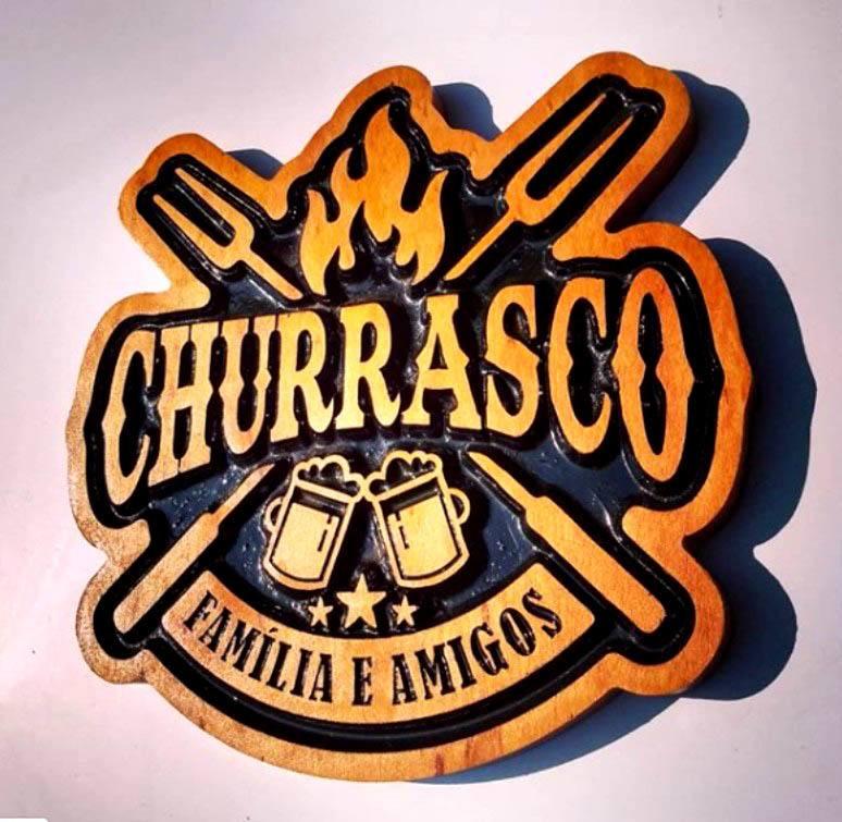 Placa entalhada - Churrasco, Família e amigos