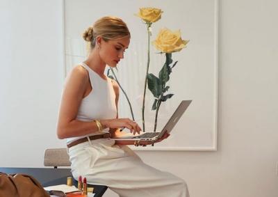 Home office elegante e confortável