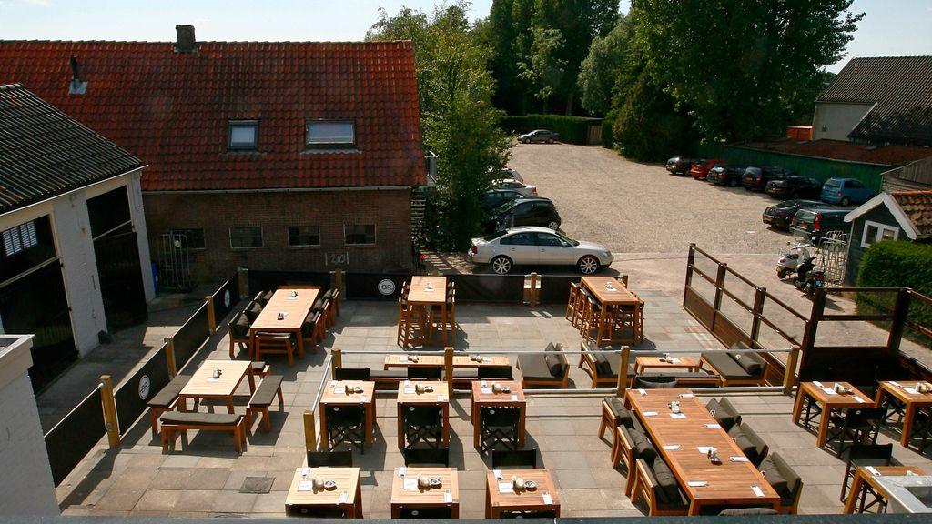 BarRestaurant