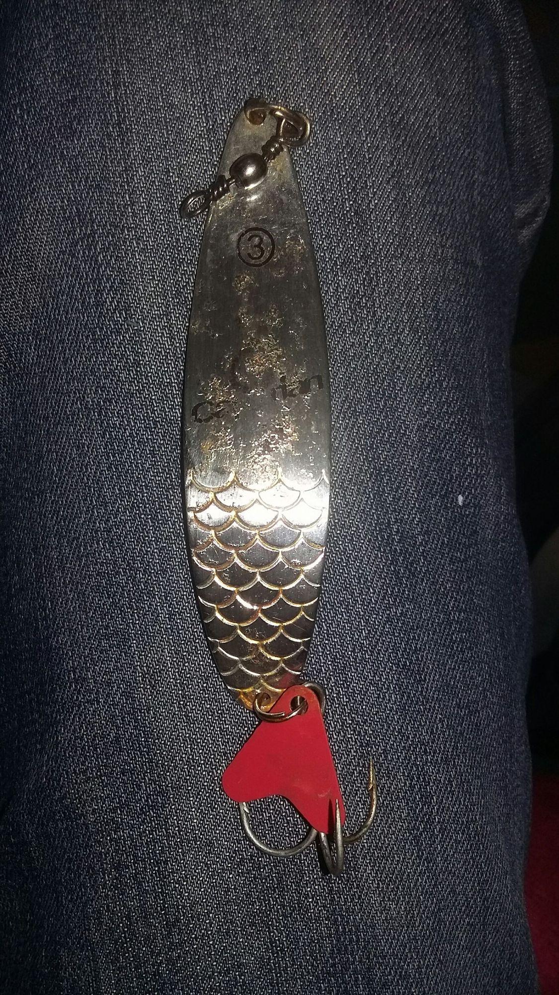 Caperlan cuillère ondulante