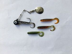 FINESS SPINNERBAIT