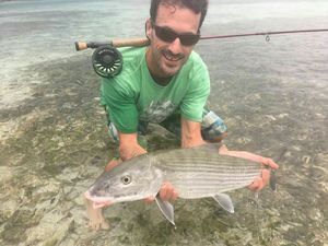 Bonefish — Guillaume Martinez moniteur guide de pêche