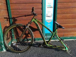 vélo B-TWIN — Adrien Dollet
