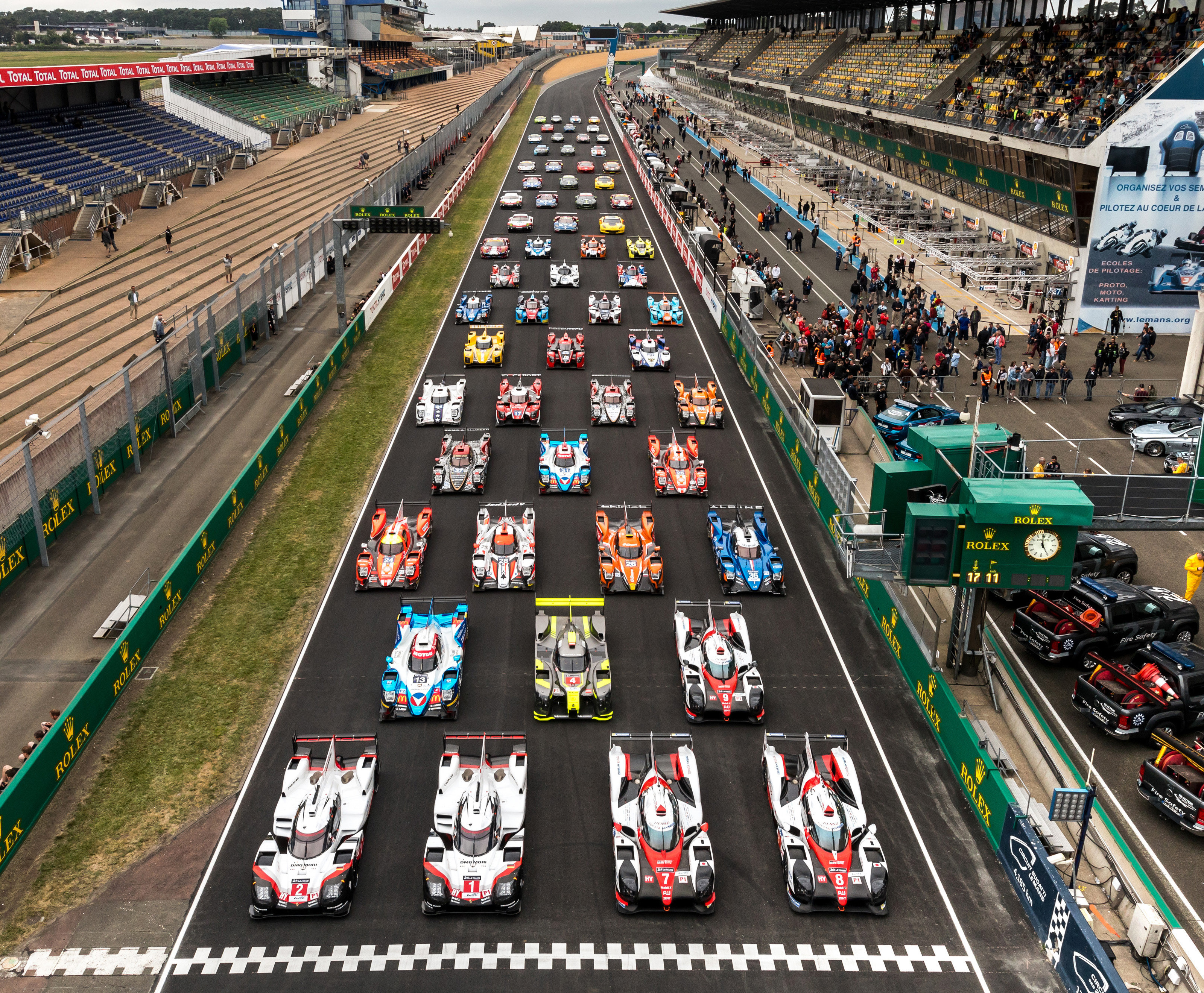 The 24 Hours Of Le Mans Is One Most Widely Watched Races In Motorsport Hundreds Thousands People At Circuit Will Be Joined By Fans From
