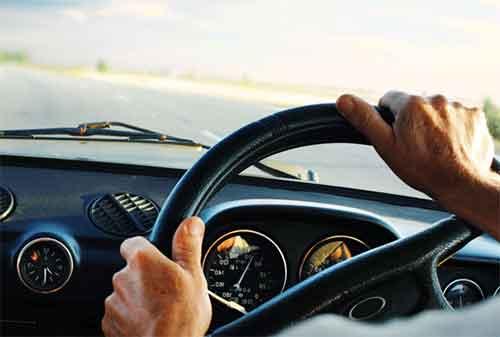punya-mobil-baru-kenali-manfaatnya-asuransi-mobil-sebelum-membelinya-01-finansialku