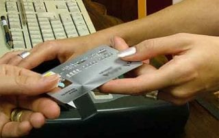 Apa Bisa Tagihan Kartu Kredit Diwariskan ke Anak Cucu 1 - Finansialku