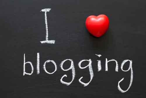 Bisnis yang Menguntungkan Sebagai Blogger Ini Model Bisnisnya dan Berapa Keuntungannya 1 - Finansialku