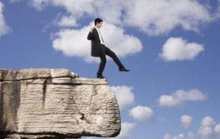 Ilustrasi Bagaimana Orang Sukses Menanggapi Permasalahan 01 - Finansialku