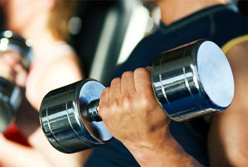 Lebih Hemat Mana Beli Alat Fitness Sendiri Atau Ikut Membership Gym 02 - Finansialku