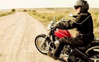 Hey Bikers! Ketahui dan Pahami Manfaat dan Biaya Asuransi Motor 01 - Finansialku