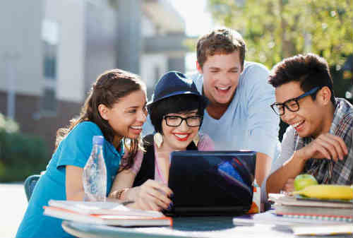 Tips Mudah Investasi Untuk Mahasiswa Belajar Berinvestasi Dari Sekarang! 01 - Finansialku