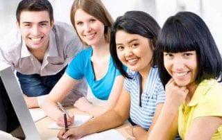 Mahasiswa yang Tinggal Di Kosan Murah Akan Bahaya Kalau Tidak Bisa Mengatur Gaya Hidup Ini 01 - Finansialku