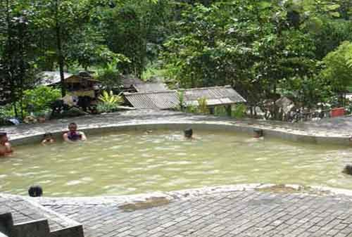 Wisata Bogor - 16 Pemandian Air Panas Ciparay - Finansialku