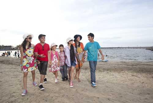 Wisata Jakarta - #1 Pantai Ancol - Finansialku