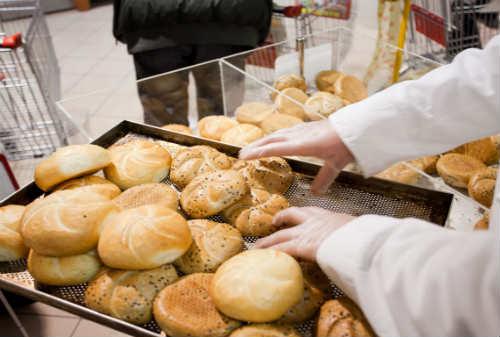 12,64 Persen Saham Sari Roti Diakusisi Investor Global Lewat KKR 01 - Finansialku