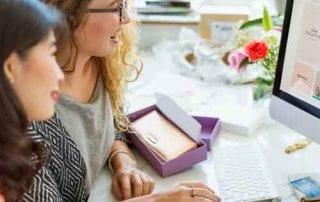 Bagaimana Cara Membuka Usaha Online Shop 01 Bisnis Online - Finansialku