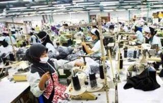 Menuju Ramadan Industri Busana Muslim Alami Lonjakan 01 - Finansialku