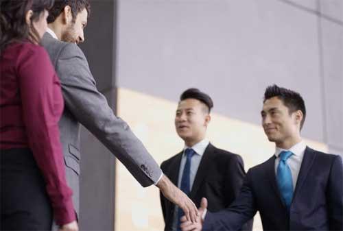 Telusuri Alasan dan Penyebab Gagalnya Bisnis Waralaba 02 Karyawan - Finansialku