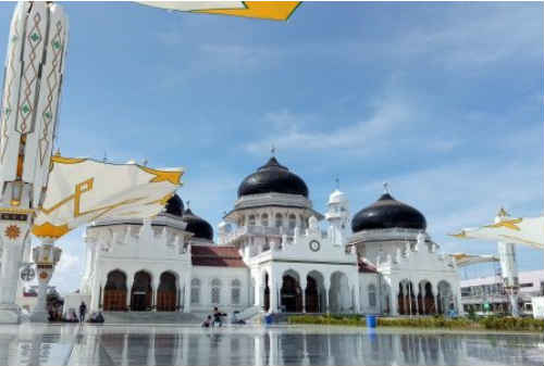 10 Masjid Termegah di Indonesia 02 Masjid Baiturrahman - Finansialku