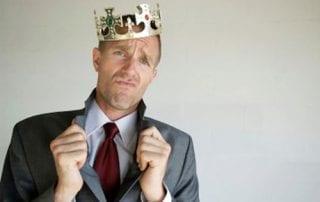 Kenali 5 Tanda Orang yang Haus Pujian di Tempat Kerja Anda 01 - Finansialku