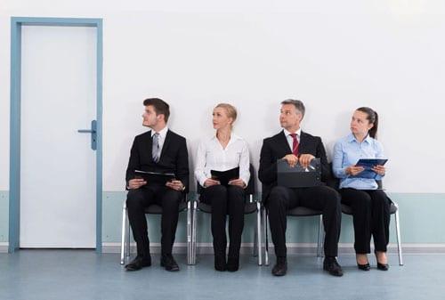 Ingin Berhasil Inilah Kiat Memilih Lowongan Kerja dengan Tepat 02 Mencari Pekerjaan - Finansialku