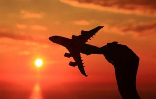Mau Liburan Bersama Keluarga Ini Cara Mendapatkan Promo Tiket Akhir Tahun 01 Pesawat - Finansialku
