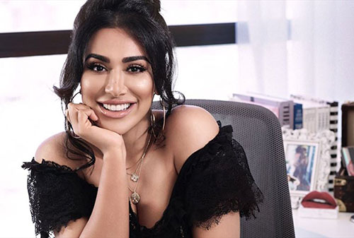 Cara Mudah Mengatur Keuangan Ala Selebgram dan Beauty Vlogger - Huda Kattan Selebgram
