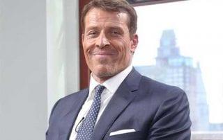 Gini Cara Kaya Ala Tony Robbins yang Harus Kamu Lakukan 01 - Finansialku